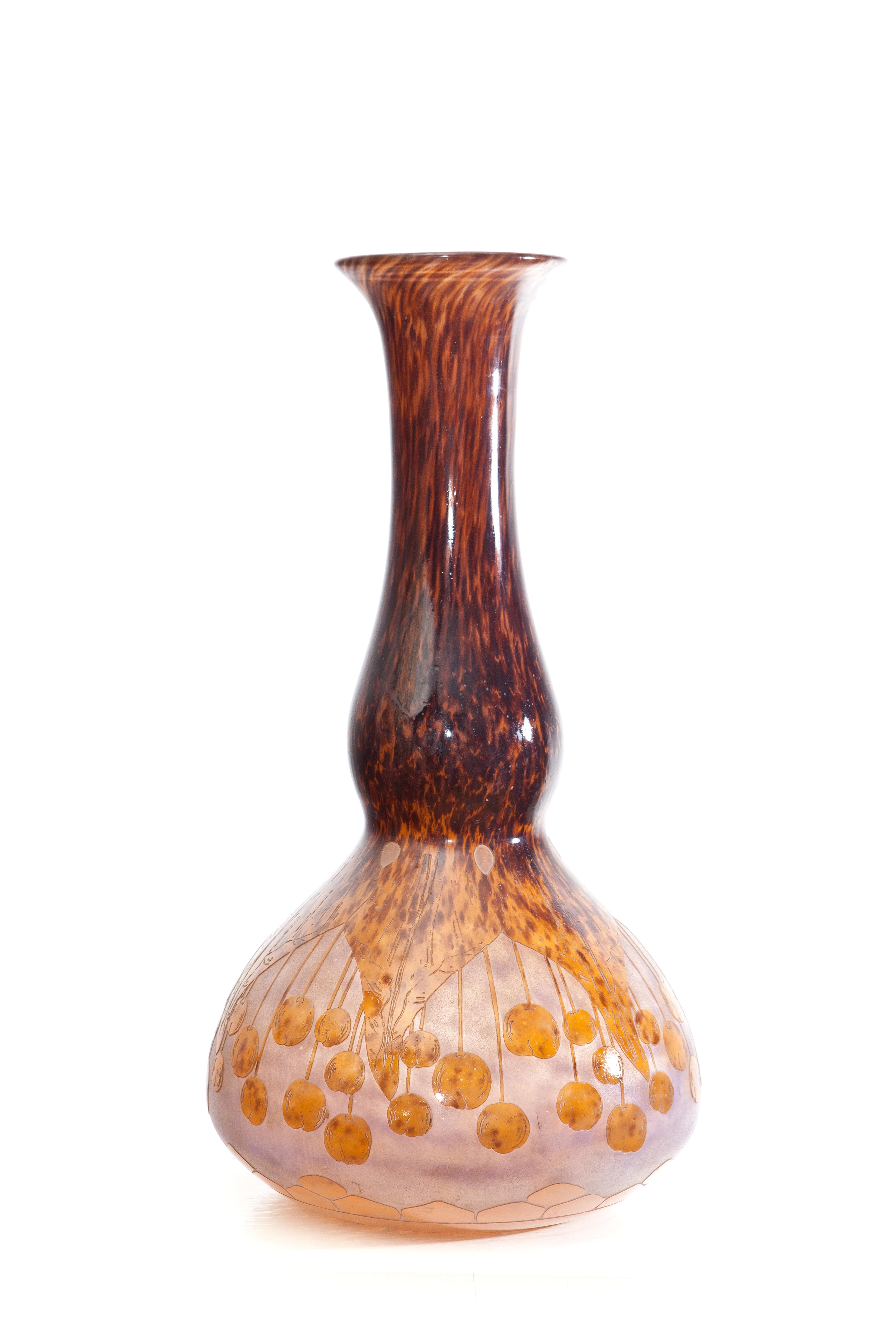 Le verre francais vase coprins
