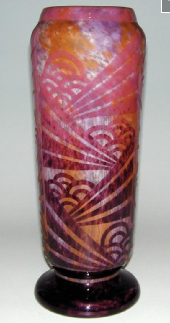 le verre francais vase with clouds